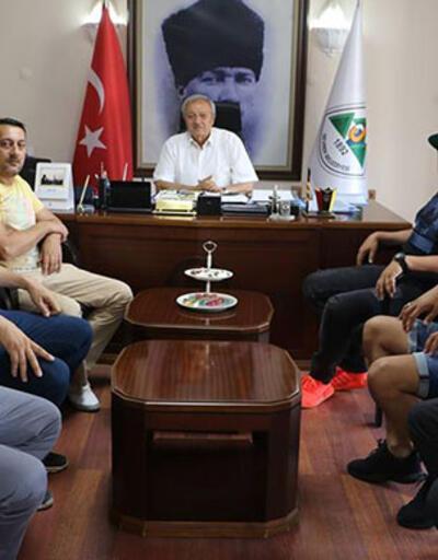 Mesut Özil'in ağabeyinden belediyeye teşekkür ziyareti