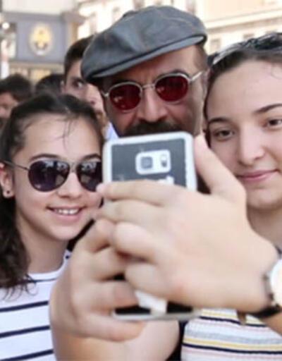 Yılmaz Erdoğan'a büyük ilgi