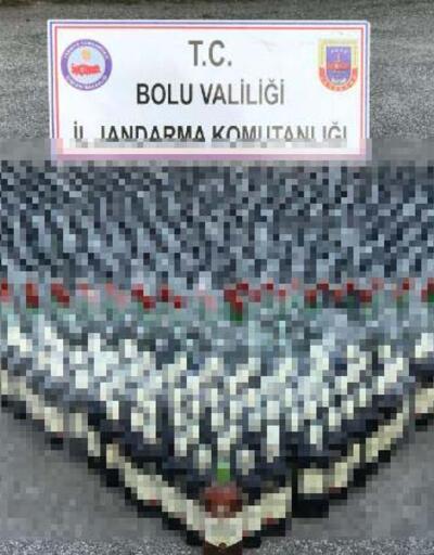 Minibüsten 1000 şişe kaçak içki çıktı