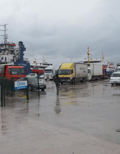 Erdek'te adalara seferler 3 gün iptal edildi
