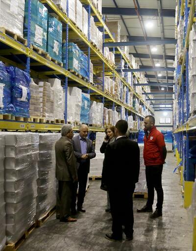 Türk Kızılayı'nın 8.5 tonluk ilaç yardımı yola çıktı