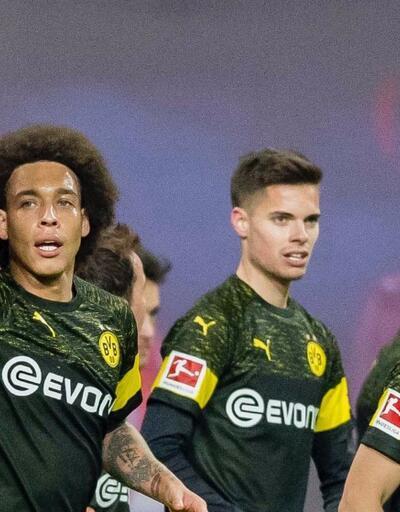 Borussia Dortmund liderliğini sürdürdü