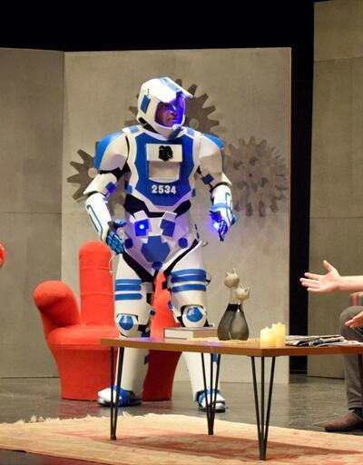 """""""Erzurumlu Robot"""" seyirciyle buluştu"""