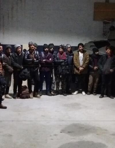 Minibüste 38 düzensiz göçmen yakalandı