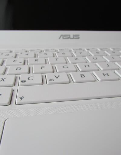 """ASUS bilgisayarlara """"arz zinciri"""" saldırısı"""