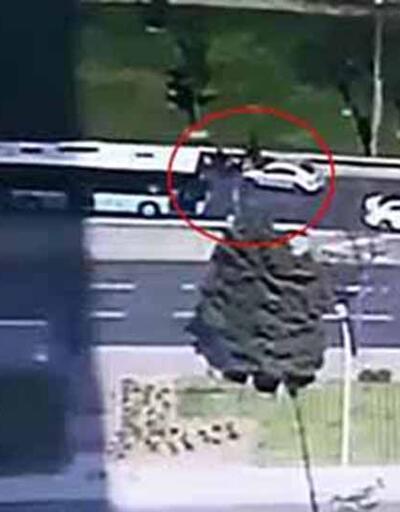 Feci kaza kamerada: Metrelerce havaya fırladı