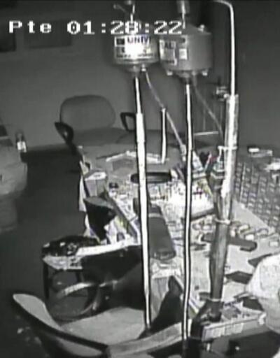 Kuyumcu atölyesinde soygun kamerada