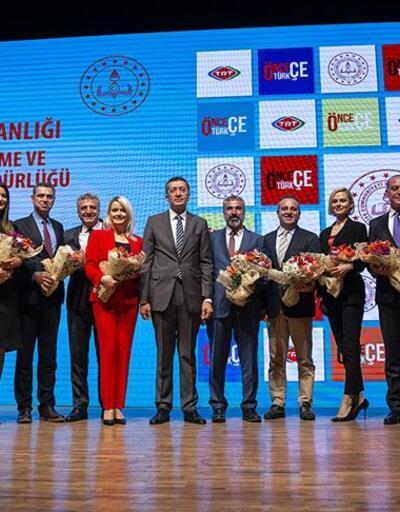 """MEB """"Önce Türkçe Projesi""""ni hayata geçirdi"""