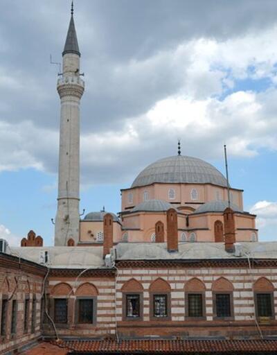 İzmir Cuma saati – 3 Mayıs   Diyanet namaz saatleri: İzmir