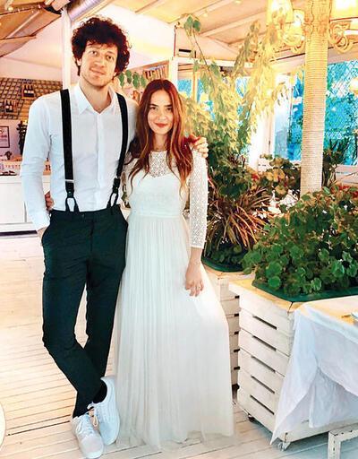 Müge Boz nişanlandı!