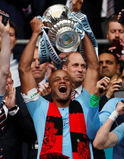 Kompany, Anderlecht'te hem futbolcu hem teknik direktör olarak görev alacak