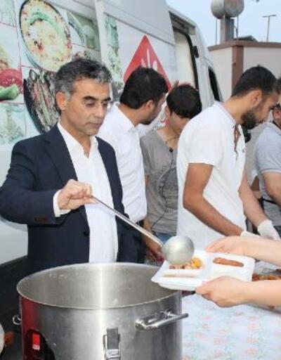 Ak Parti Kozan Teşkilatı'ndan Mahmutlu Mahallesi'nde iftar programı