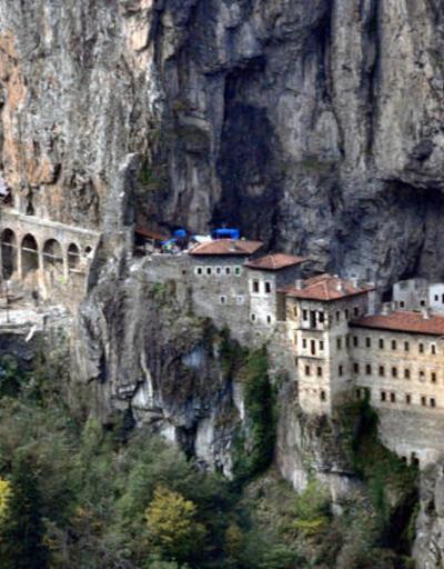 4 yıldır restorasyonda olan Sümela Manastırı ziyarete açıldı