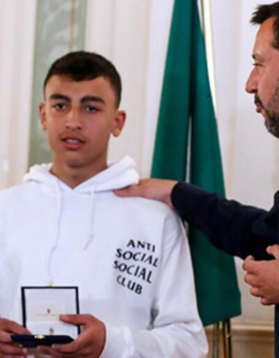 İtalya, kaçırılan okul servisinde can kayıplarını önleyen iki çocuğa vatandaşlık verdi