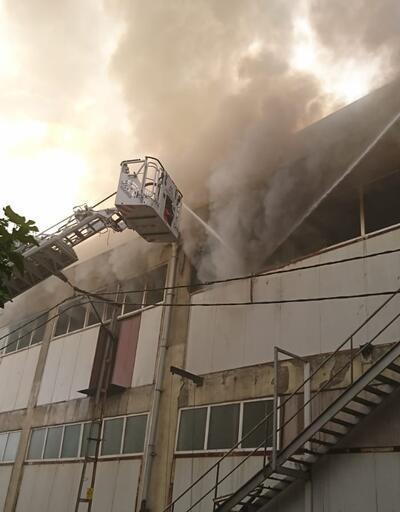 Son dakika... Pendik'te fabrika yangını
