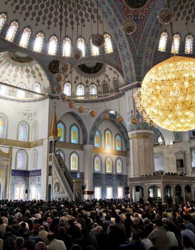 Ankara Cuma saati | 12 Temmuz Cuma namazı saatleri: Ankara