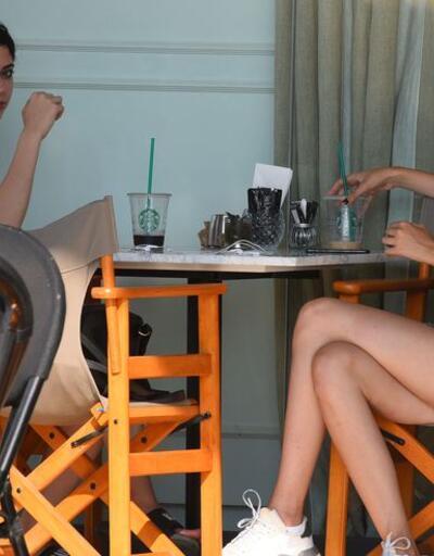 Deren ve Derin'in kahve keyfi