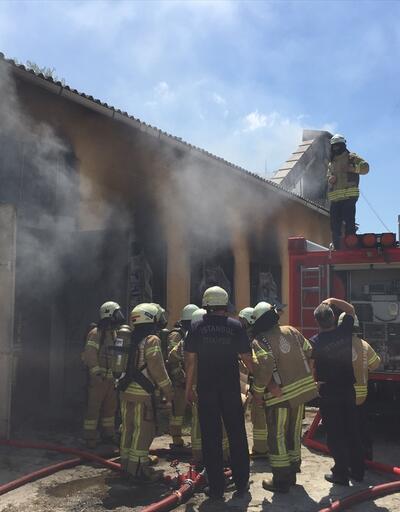 Kartal'da fabrika yangını
