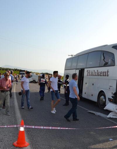 Manisa'da zincirleme kaza: 6 ölü, 20 yaralı
