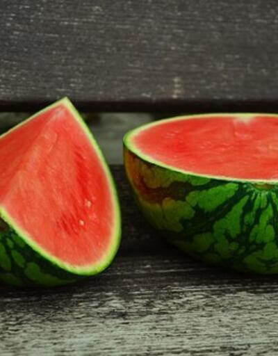 Yaz meyvelerifaydalarıile şaşırtıyor! Yatmadan önce 10 tane kiraz yerseniz...