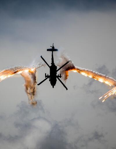 Arpia AH-60 helikopterlerinden müthiş gösteri