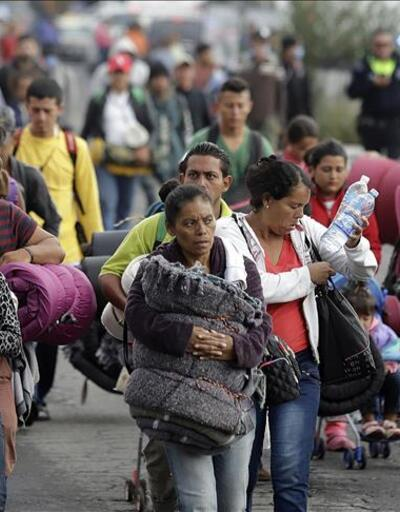 ABD'ye Meksika sınırından giren göçmenler sığınma hakkı talep edemeyecek