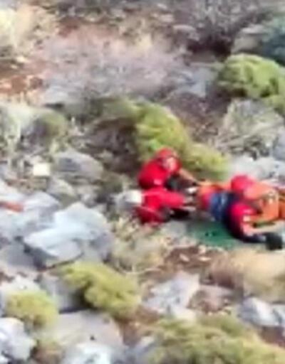 ABD'li turist, JAK timi tarafından helikopterle kurtarıldı