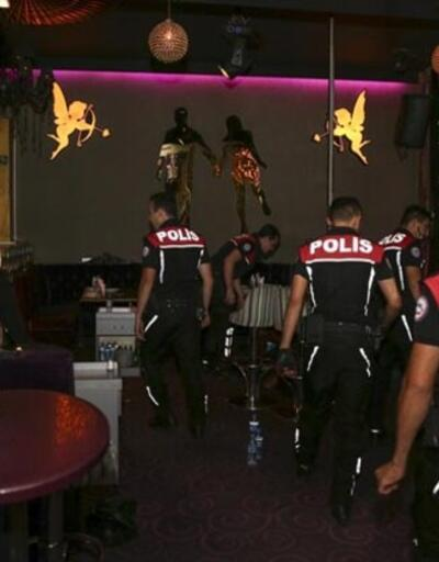 Gece kulübüne polis baskını!