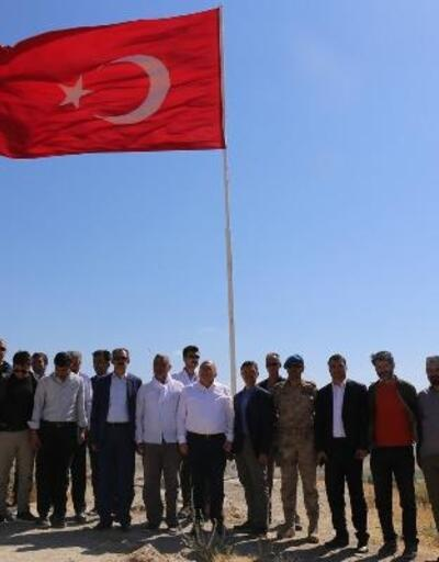 Bakan Yardımcısı Dursun'dan Van'daki tarihi mekanlara ziyaret
