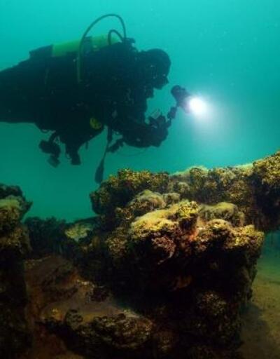 Van Gölü'ne su altı zenginlikleri için dalıyorlar