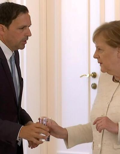 Almanya Başbakanı Merkel'den sağlık durumu hakkındaki tartışmalara son noktayı koydu
