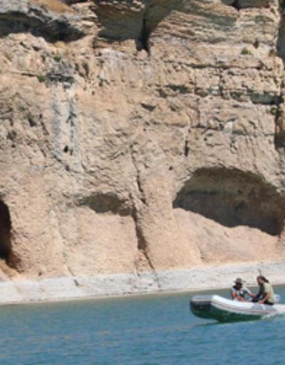 Yeni keşif 'Kara Leylek Kanyonu'