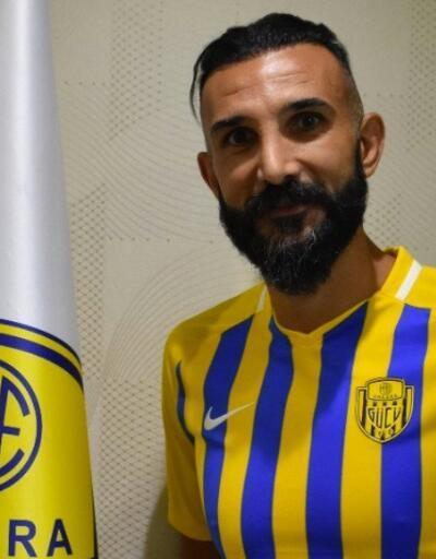 Yalçın Ayhan Ankaragücü'ne imza attı