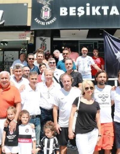Beşiktaşlı eski futbolcular Hatay'da taraftarla buluştu