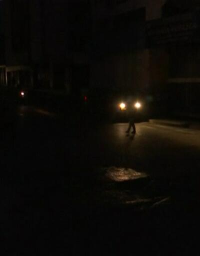 Venezüela yine karanlığa gömüldü
