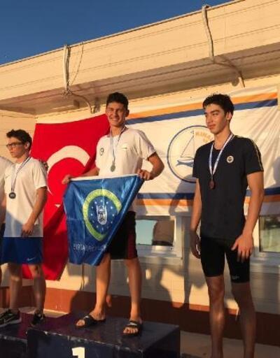 Bursa BŞB sporcuları yüzmede 9 madalayanın sahibi oldu