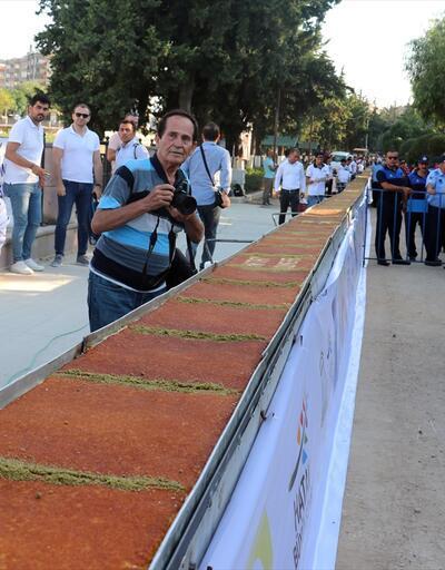 Hatay'ın ana vatana katılışı 80 metrelik künefeyle kutlandı