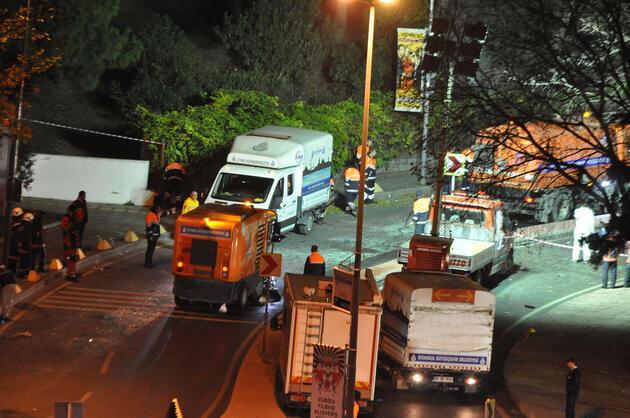 İstanbul'daki terör saldırısının olduğu yerde 2 metrelik çukur oluştu