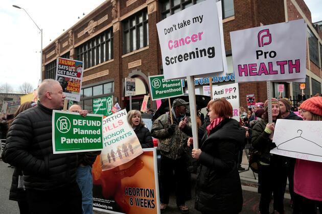 ABD'de kürtaj karşıtları sokağa çıktı