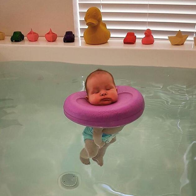 Bu bebeklerin keyiflerine diyecek yok!