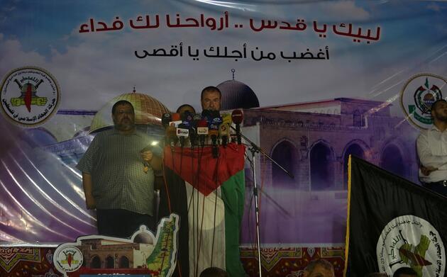 Gazze'de toplanan yüzlerce Filistinli Mescid-i Aksa için yürüdü