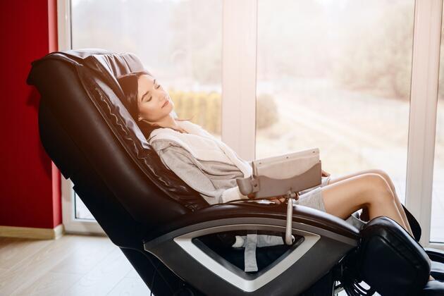 Doktorlar uyardı: AVM'lerdeki masaj koltukları felç edebilir