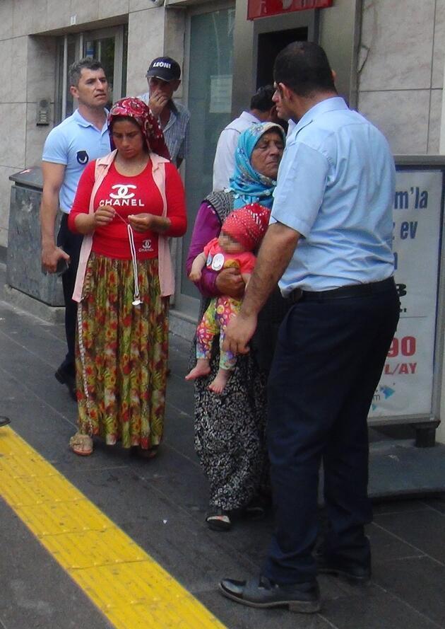 Polise yakalanan dilenciden şoke eden tehdit: Bebeği yere çarparım!