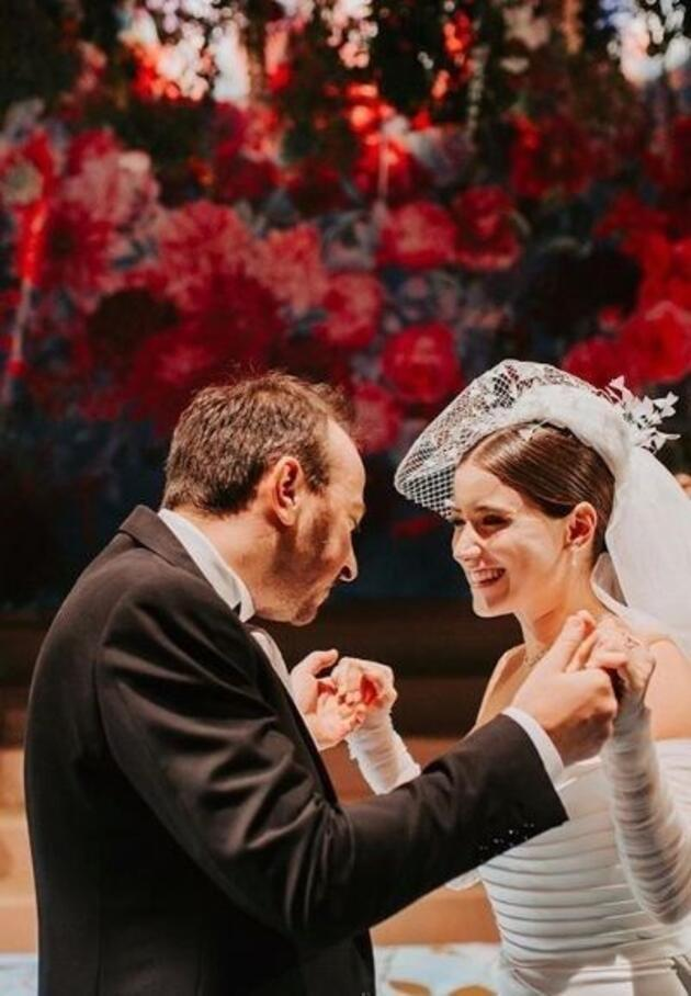 Hazal Kaya'dan eşine: Şahane bir baba olacaksın