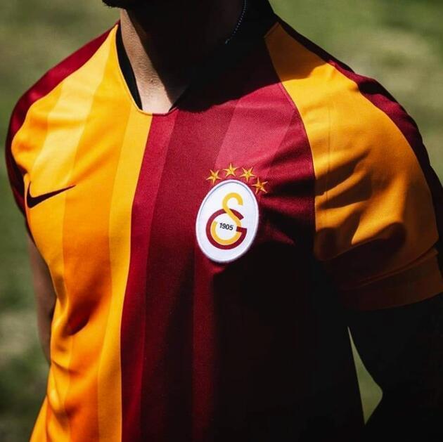 Galatasaray yeni formasının fiyatını açıkladı