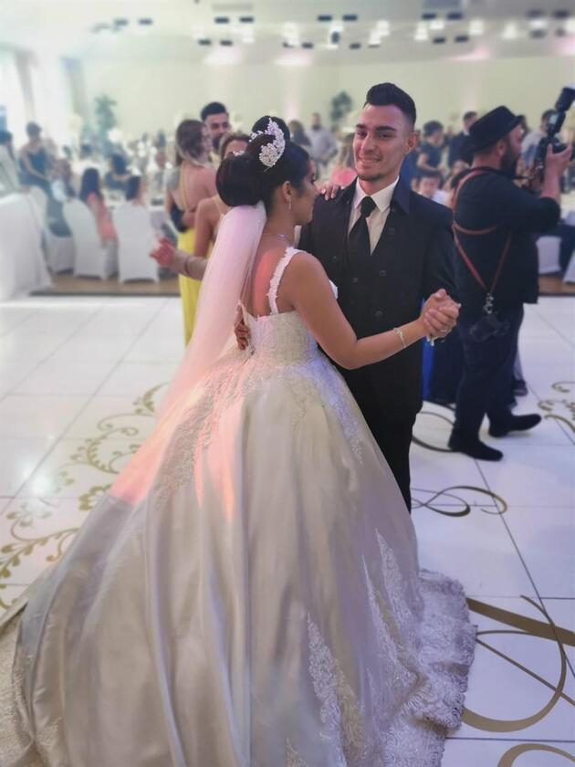 Kaan Ayhan düğününde şov yaptı