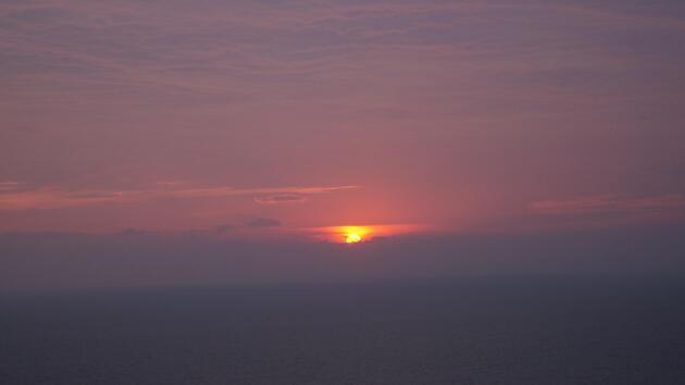 Kuşadası'nda gün batımı güzelliği