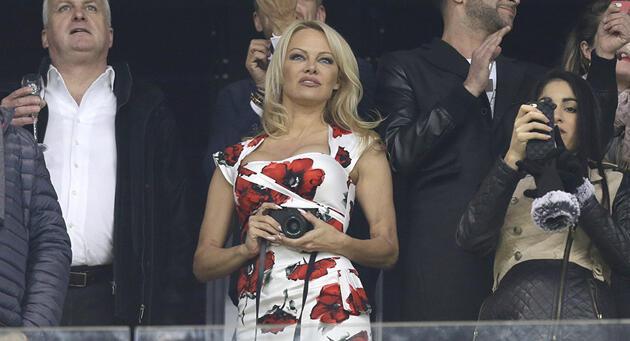 Pamela Anderson ayrılığın asıl sebebini açıkladı