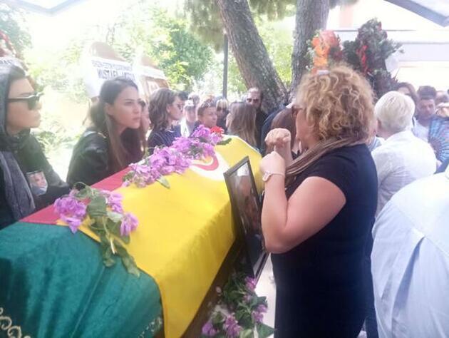 Cenazede yaşanan görüntüler tartışma yarattı