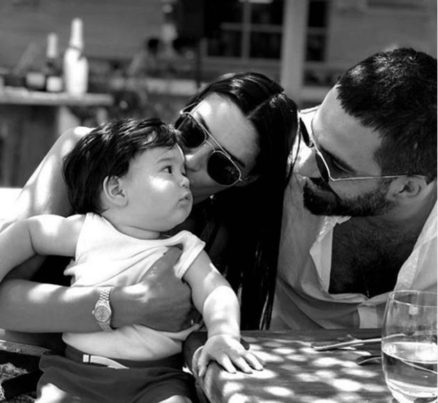 Arda Turan kampta! Aslıhan Doğan ile oğlu Hamza Arda Bodrum tatilinde